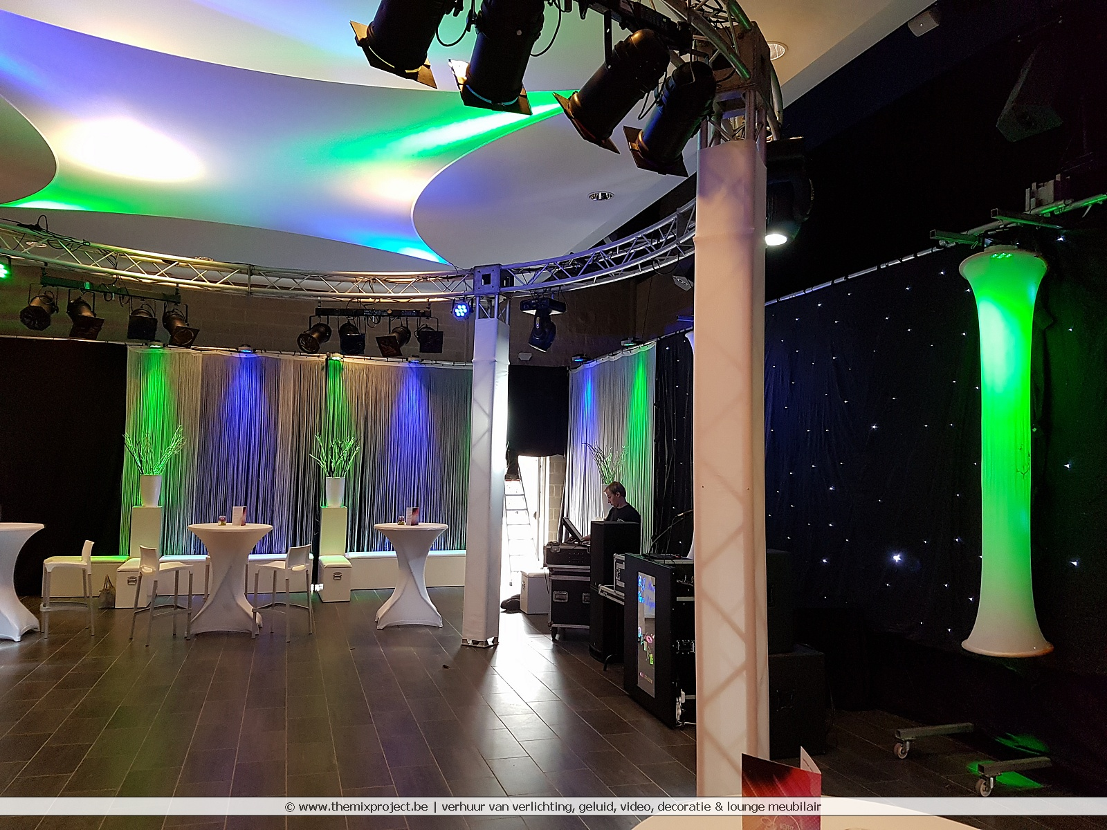 XXL bruiloft in zaal Vierseleer Viversel